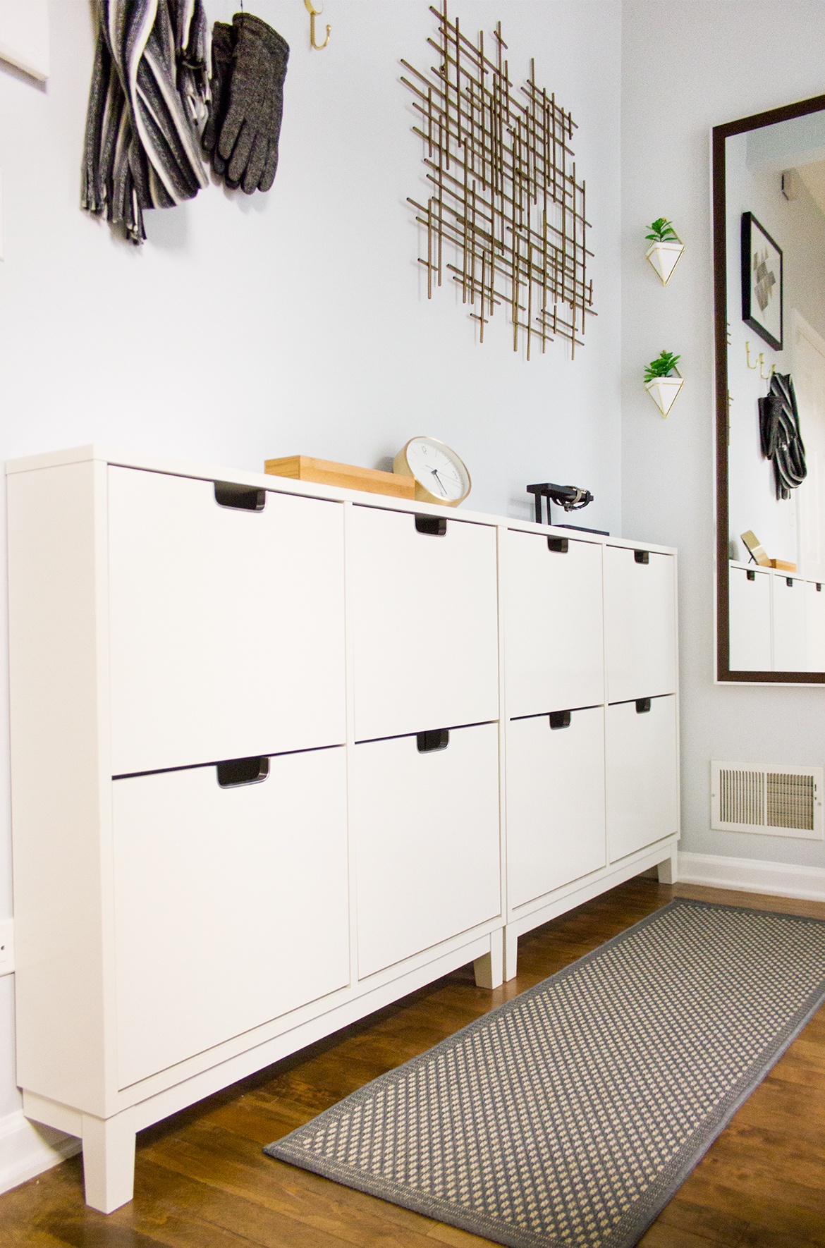 Small Amp Narrow Hallway Delish Amp Decor